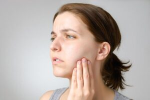 Toothache- Top Causes, Symptoms, and Triggers | Dentist Nambour